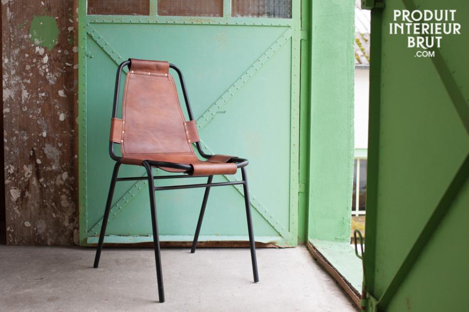 Fauteuils club et chaises industrielles P.I.B….
