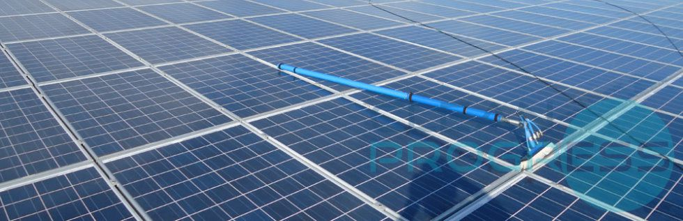 Clean Progress est le spécialiste du nettoyage des toitures photovoltaïques