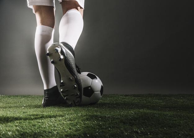 Anticiper au mieux l'issue des matchs de foot avec RDJ