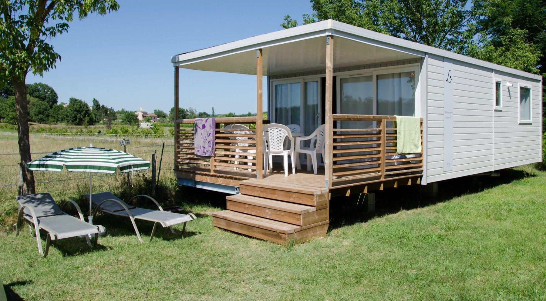 Louez un mobil-home au camping 4* la Grand'Terre à Ruoms pour sublimer vos vacances en Ardèche